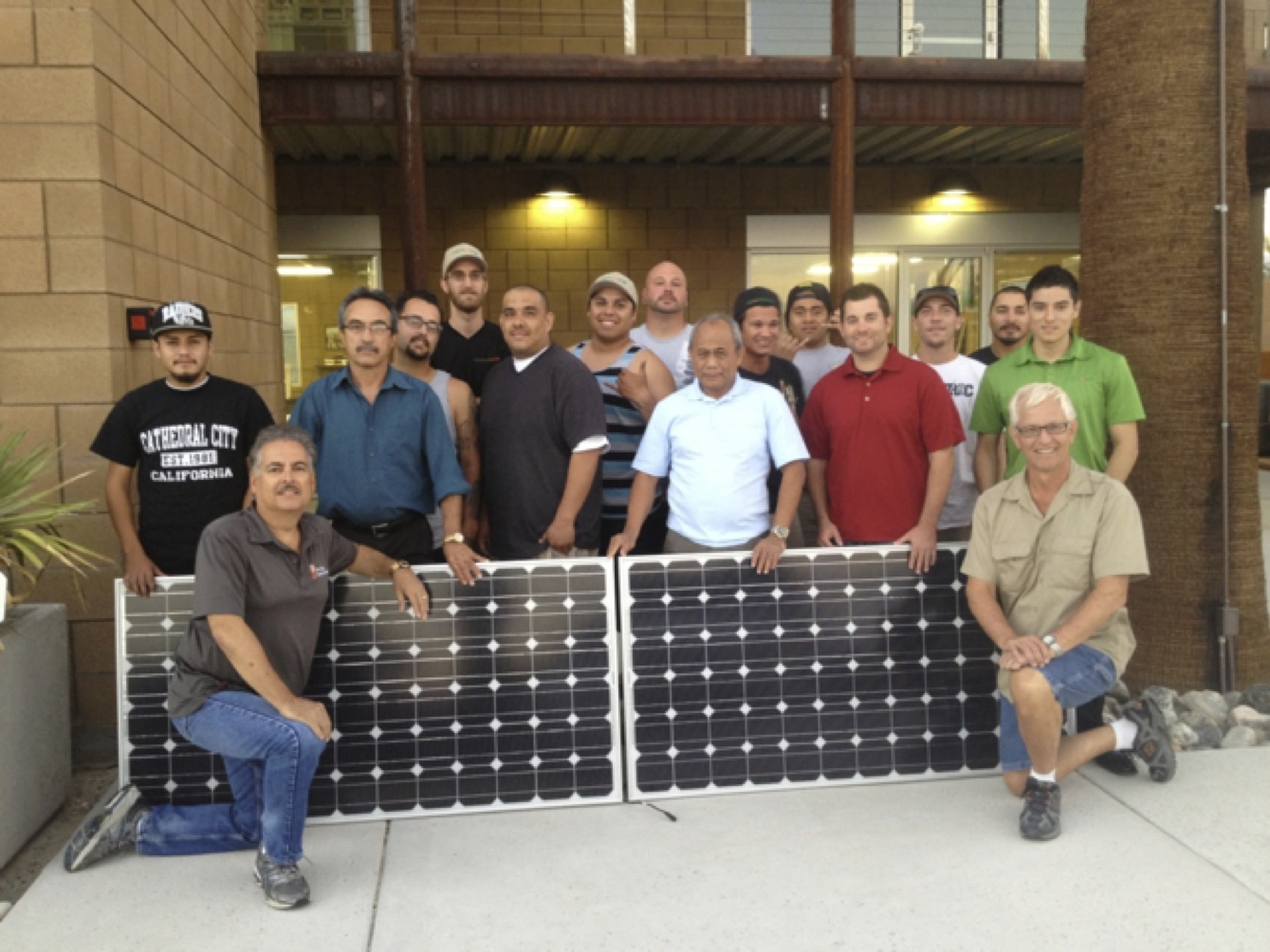 Solar Training in Spanish PV students from College of the Desert, Rancho Mirage, CA
