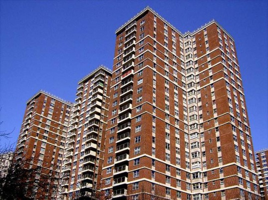 Apartment Buildings Get on the Energy Efficiency Train
