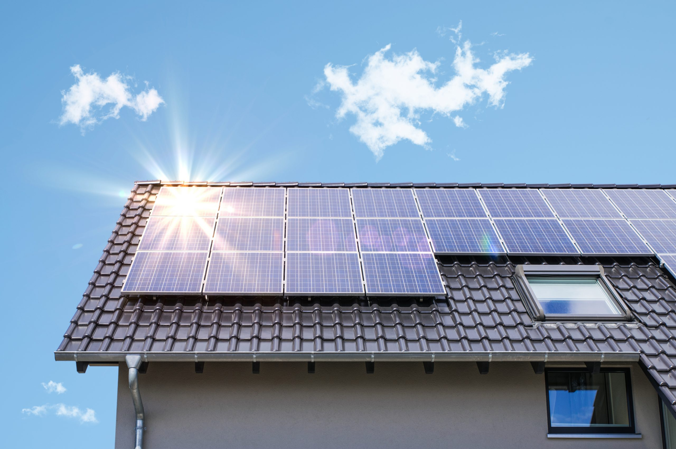California Marks Important Milestone for Balancing Grid Needs, Consumer Protection in Key Smart Inverter Function